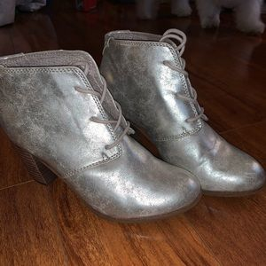 Toms heeled booties